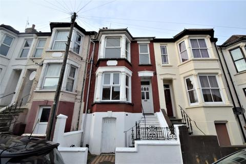 3 bedroom house to rent - Pagitt Street, Chatham