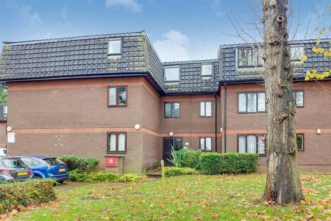 1 bedroom flat for sale - Woodridge Close, The Ridgeway, Enfield, EN2