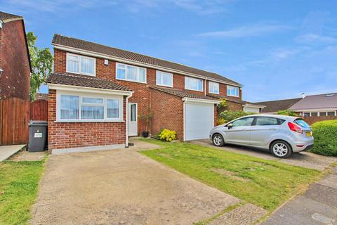3 bedroom semi-detached house for sale - Moreton Road, Bournemouth