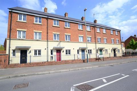 3 bedroom terraced house for sale - Queen Elizabeth Drive, Taw Hill, Swindon