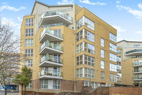 1 bedroom flat for sale - Water Gardens Square, Surrey Quays