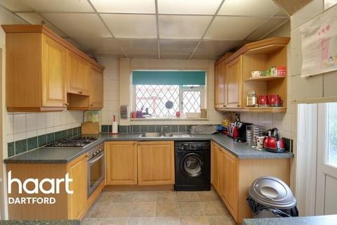 3 bedroom semi-detached house for sale - Birling Road, Erith, DA8