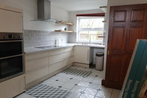 3 bedroom terraced house to rent - London, SE23