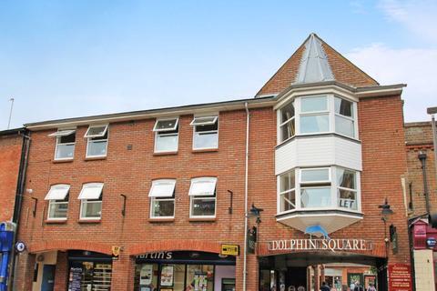 2 bedroom flat to rent - High Street, Tring, Hertfordshire