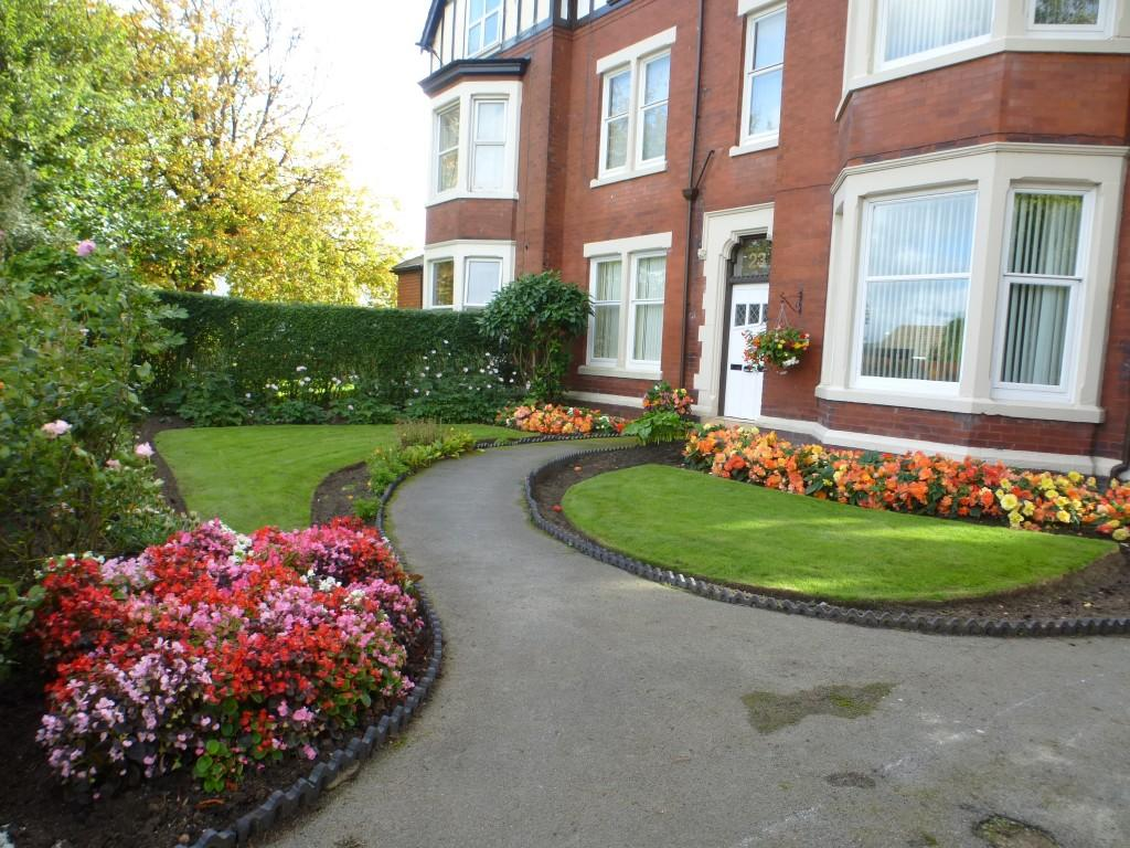 Blackpool Road, Ansdell, FY8 1 bed apartment to rent - £ ...