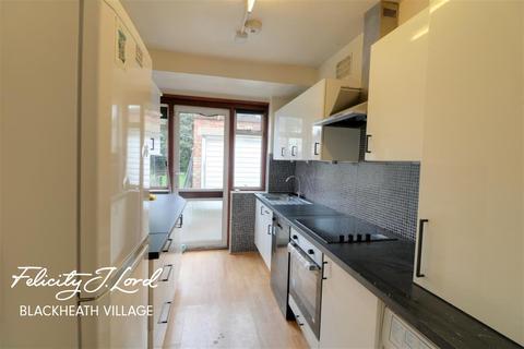 3 bedroom semi-detached house to rent - Kidbrooke Park Road, SE3
