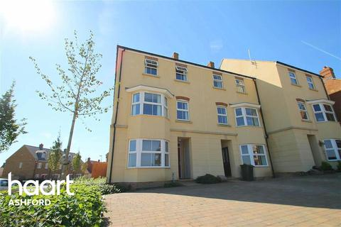 3 bedroom detached house to rent - Broadview Close