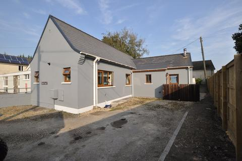 2 bedroom detached bungalow for sale - Pistyll Gwyn, Station Road, St. Clears SA33 4BQ