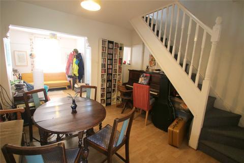 2 bedroom terraced house to rent - Highbury Road, Bedminster, Bristol, Avon, BS3