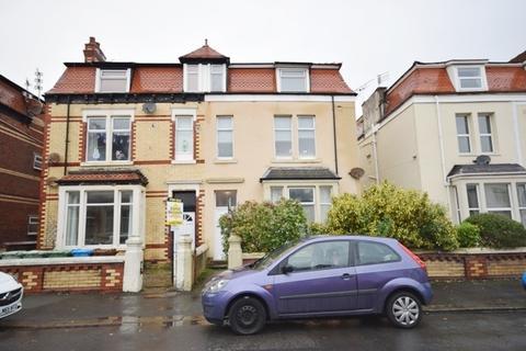 2 bedroom flat to rent - Glen Eldon Road, St. Annes-on-Sea, FY8