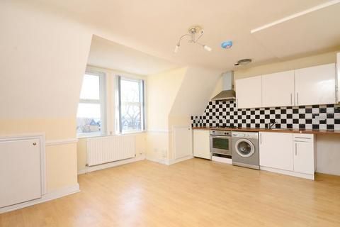1 bedroom flat to rent - Tooting High Street, London, SW17