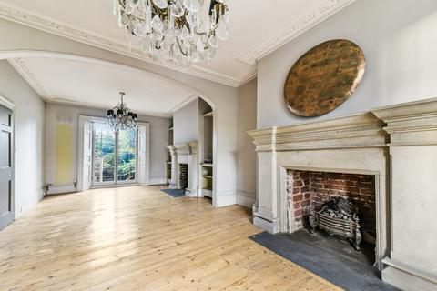 5 bedroom house for sale - Bow Road, Bow, London E3