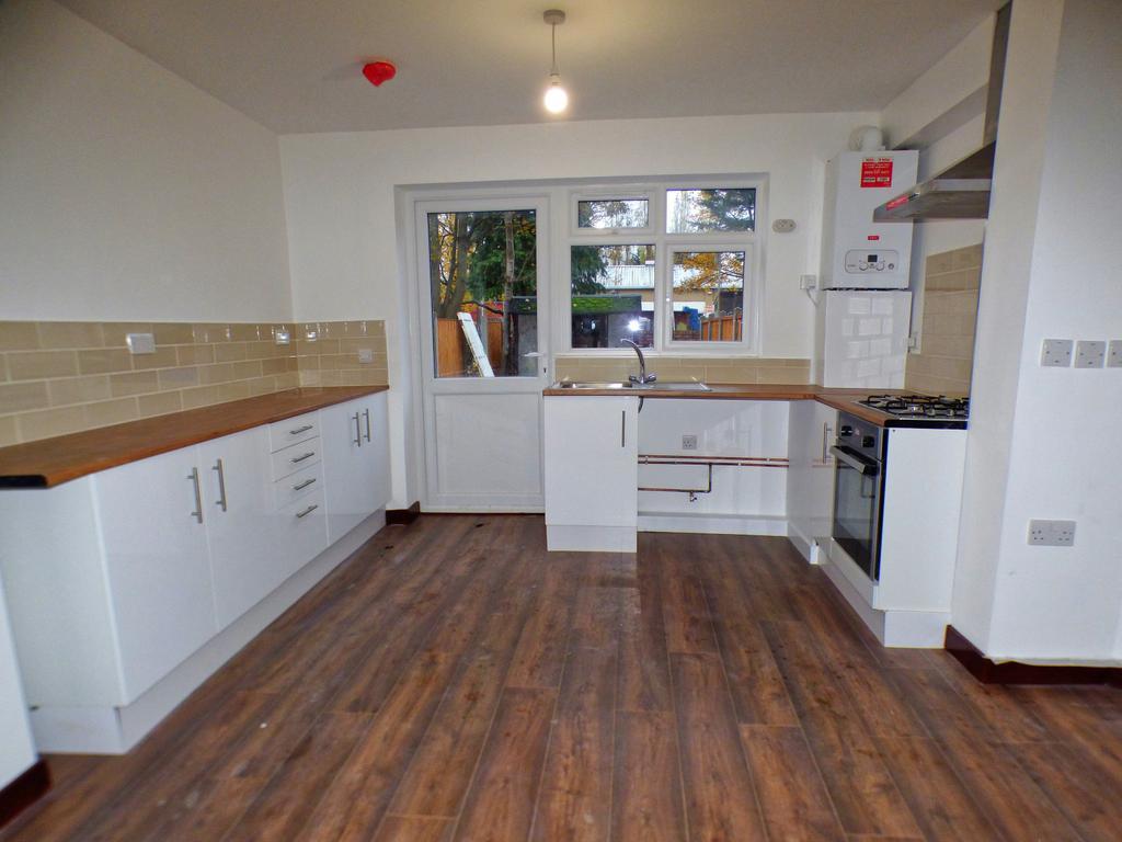 2 bedroom ground floor flat