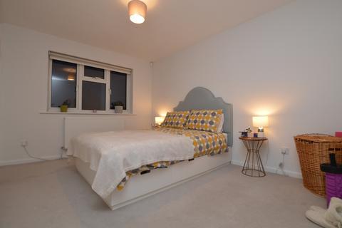 1 bedroom house share to rent - Halifield Drive Belvedere DA17