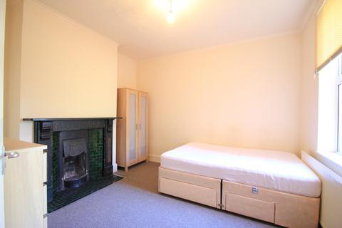 Studio to rent - Corporation Street, , Stafford, Staffordshire