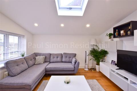 2 bedroom apartment for sale - Finsbury Road, London, N22