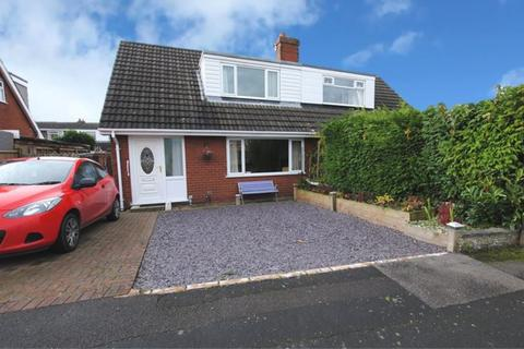 3 bedroom semi-detached house for sale - Elm Drive, Market Drayton