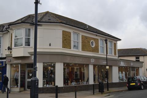 Retail property (high street) to rent - Regent Street, Shanklin