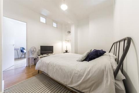 1 bedroom apartment for sale - Greenwich Court, Cavell Street, London, E1
