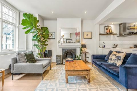 2 bedroom flat for sale - Cruikshank Street, Grays Inn, London, WC1X
