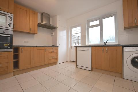 3 bedroom terraced house to rent - Besley Street, LONDON, SW16