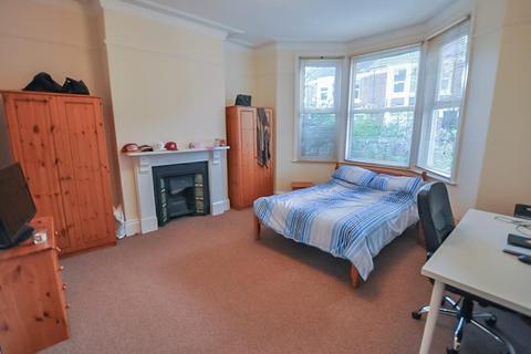 2 bedroom flat to rent - Greystoke Avenue, Sandyford, Newcastle Upon Tyne
