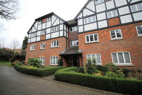 3 bedroom apartment to rent - Marlborough House Graemesdyke Road Berkhamsted