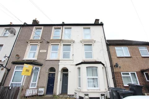 Studio for sale - Newhaven Road, South Norwood
