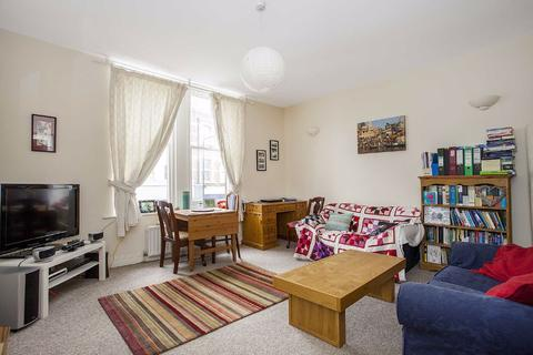1 bedroom flat to rent - Balham High Road, London