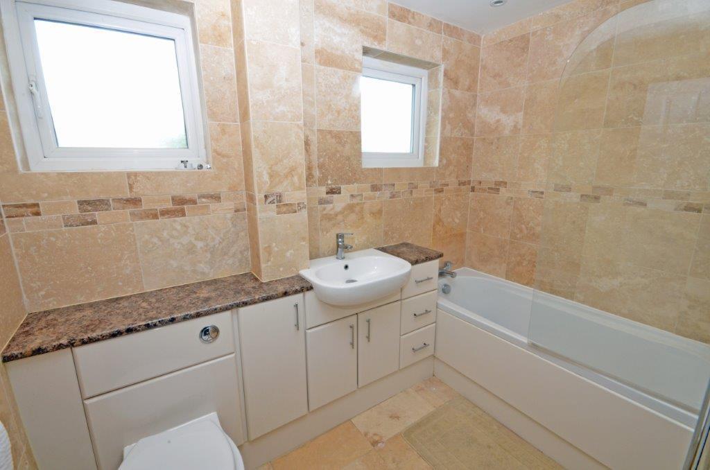 29 Hermans Water Bathroom.jpg
