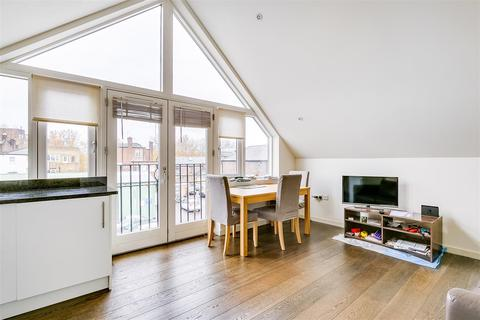 2 bedroom flat to rent - Powell Place, London, W4
