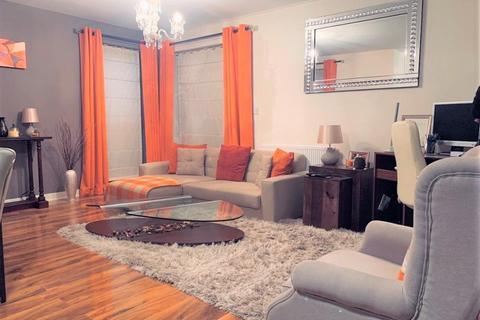 2 bedroom apartment to rent - Lewin Terrace, Feltham, TW14