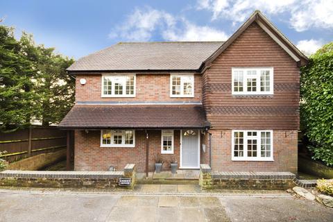 4 bedroom detached house to rent - Chalfont St Peter