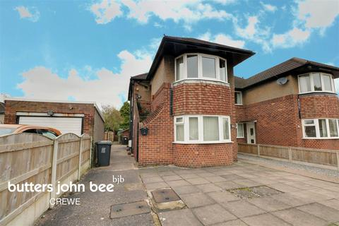 3 bedroom maisonette for sale - Ludlow Avenue, Crewe