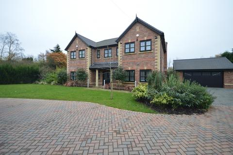 5 bedroom detached house to rent - Northwich Road, Cranage, Knutsford