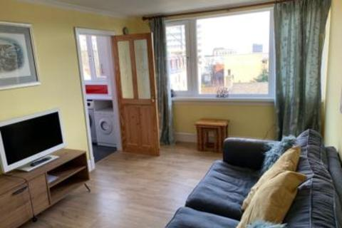 2 bedroom flat to rent - 117 Crown Street, Aberdeen, AB11 6HN