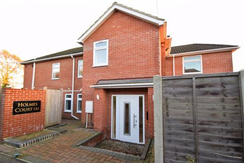 3 bedroom house to rent - Southampton