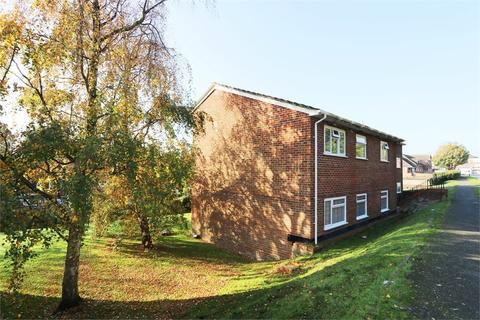 2 bedroom flat to rent - Burnside Court, Black Path, POLEGATE, East Sussex