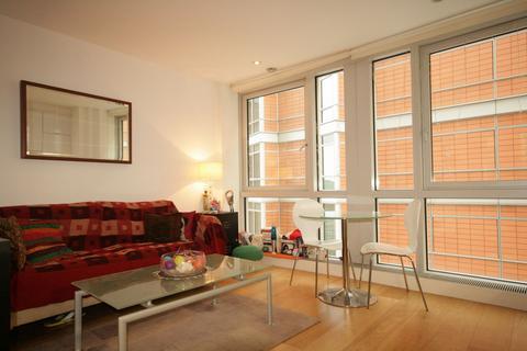 Studio to rent - Ontario Tower, 4 Fairmont Avenue, Blackwall, LONDON, E14