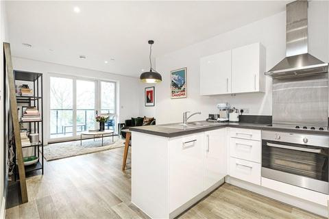 1 bedroom flat for sale - Renaissance Square Apartments, Palladian Gardens, London, W4