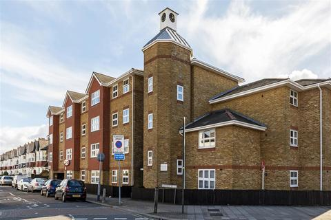 2 bedroom apartment to rent - Times Court, 24 Ravensbury Road, Earlsfield