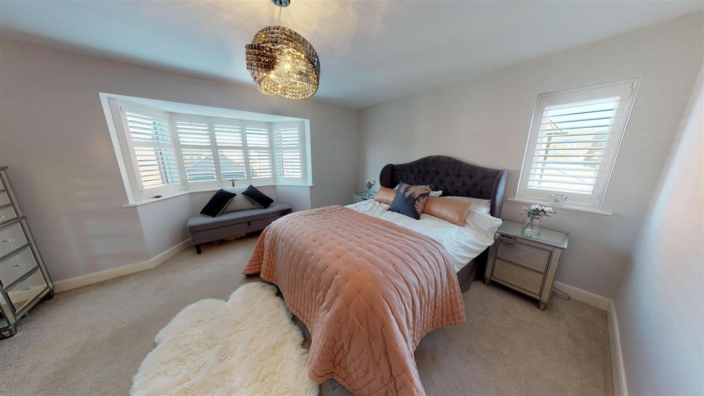 Master bedroom1.jpg