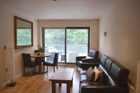 2 bedroom flat to rent - Christonian Court, 15-19 Bridgford Road, West Bridgford, Nottingham, NG2 6AN