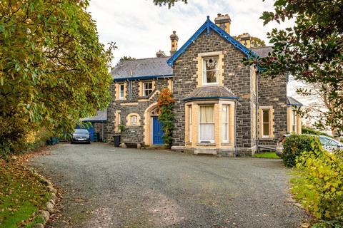 6 bedroom detached house for sale - Penmaen Park, Llanfairfechan, North Wales