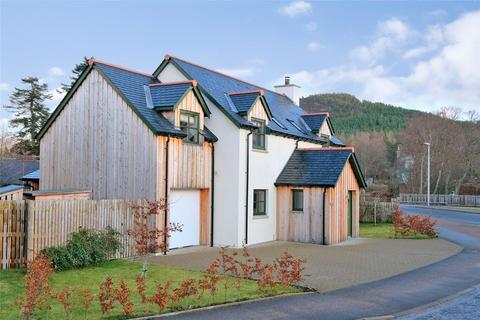 4 bedroom detached house for sale - 4 Canmore Road, Braemar, Ballater, Aberdeenshire, AB35