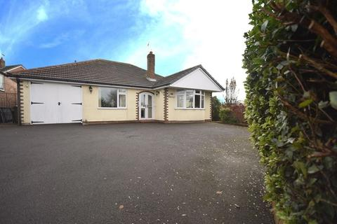 3 bedroom detached bungalow for sale - Alkington Road, Whitchurch