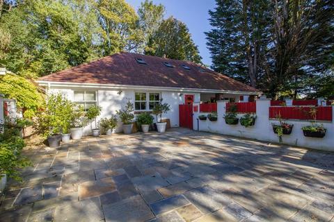 3 bedroom detached bungalow for sale - Llandough Hill,