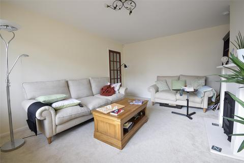 3 bedroom semi-detached house to rent - Arle Gardens, CHELTENHAM, Gloucestershire, GL51