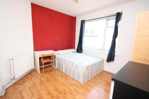 1 bedroom flat share to rent - Old Oak Common, East Acton, London, W3 7NF
