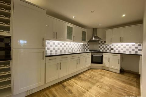 3 bedroom end of terrace house to rent - Beach Road, Paignton